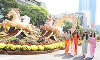 Inauguradas en Ciudad Ho Chi Minh calles de flores y libros en saludo al Tet