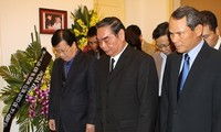 Altos dirigentes vietnamitas dicen adiós a Heroína de Moncada