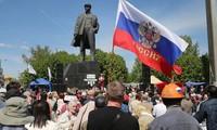 Aumentan manifestaciones por el federalismo en Este de Ucrania