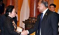 Recibe vicepresidenta de Vietnam a la delegación del Partido del Trabajo de México