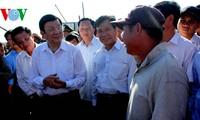 Presidente vietnamita elogia valentía de pescadores y soldados marítimos nacionales