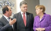 Presidente ucraniano comprometido en controlar acciones militares en el Este