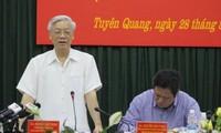Visita secretario general del Partido antigua base revolucionaria