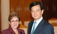 Recibe Premier vietnamita a ministra de Industria Alimentaria de Cuba