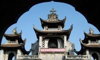 Catedral Phat Diem, convergencia de arquitecturas de Este y Occidente