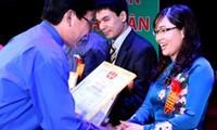 Elogios a distinguidos empresarios-profesores de 2014