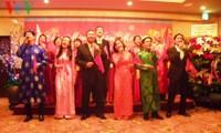 Encuentros en embajadas vietnamitas en saludo al Tet