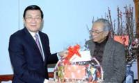Felicitan presidente vietnamita a intelectuales
