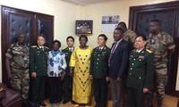 Sesiona Ministerio de Defensa de Vietnam con Misión de  ONU en República Centroafricana