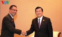 Encuentros bilaterales del mandatario vietnamita al margen de la Cumbre Asia-África