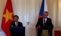 Se promueve la amistad Vietnam- República Checa a un nivel superior