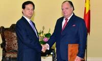 Vietnam desea promover la cooperación con Perú