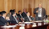Promueve Vietnam oportunidades inversionistas para empresas alemanas