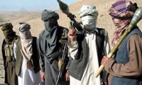 Delegación afgana llega a Pakistán para dialogar con los talibanes