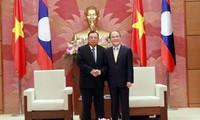 Continúan Vietnam y Laos reforzando sus lazos especiales por un futuro más brillante