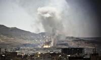 Aliados árabes continúan bombardeando Yemen