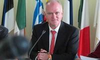 Condecorado saliente embajador de la Unión Europea en Vietnam