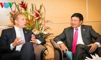Sostiene vice primer ministro y canciller vietnamita reuniones al margen de AMM-48