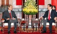 Vietnam y Laos intensifican cooperación entre sectores y localidades