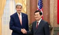 Recibe presidente de Vietnam a secretario de Estado norteamericano