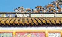 Visita al lugar de pinturas folklóricas de la tierra Hue