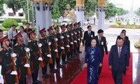 Vicepresidenta de Vietnam visita Laos