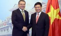 Hanoi y Praga conceden importancia a la amistad y la cooperación multifacética