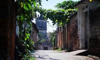 La aldea antigua de Duong Lam en otoño