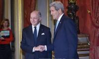 En París reunión entre países que respaldan a oposición en Siria