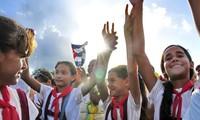 Dirigentes vietnamitas felicitan a Cuba por el 57 aniversario del Triunfo de la Revolución cubana