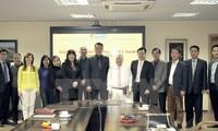 Impulsan conexión entre empresas vietnamitas en Suiza y Rusia