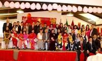Vietnamitas en ultramar saludan fiestas del Tet