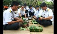 Cálida fiesta del Nuevo Año Lunar en Truong Sa