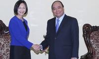 Estimula Vietnam inversiones de las empresas singapurenses