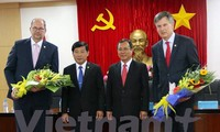 Alcaldes de ciudades holandesas consideran inversión en provincia vietnamita de Binh Duong