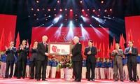 Máximo líder político de Vietnam en velada conmemorativa de 85 años de la Juventud nacional