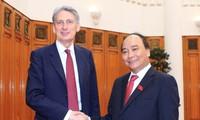 Vietnam llama a mayor inversión de empresas británicas en su mercado