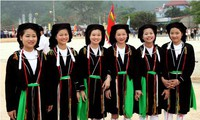 Vietnam honra 100 mujeres étnicas ejemplares