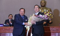 Felicita Vietnam a nuevos dirigentes líderes de Laos