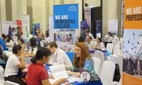 Vietnam y Gran Bretaña intercambian experiencias en construcción de Estado de derecho