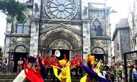 Atractivo Carnaval del Verano en Ba Na Hills