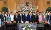 Ponderan papel de la comunidad empresarial en el desarrollo económico de Vietnam