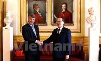 Presidente del Frente de la Patria de Vietnam visita Noruega