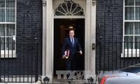 Nueva primera ministra británica considera nombramiento de más funcionarias en gabinete