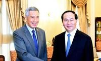 Vietnam y Singapur por incrementar relaciones a nuevo nivel