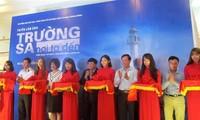 Reportera de la Voz de Vietnam abre exhibición de fotografías sobre Truong Sa