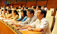 Parlamento vietnamita aborda Ley de Compensación Estatal