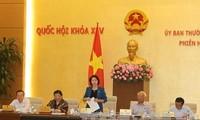 Comité Permanente de Parlamento vietnamita revisa informes de trabajo de instituciones