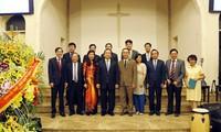 Autoridades hanoyenses visitan comunidad protestante capitalina