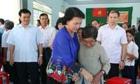 Líder parlamentaria de Vietnam asiste a fiesta de unidad nacional en provincia sureña